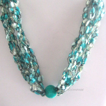 Emerald Green Crochet Necklace Ladder Yarn Casual Necklace Bohemian Jewelry Handmade Necklace