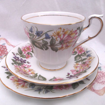 Paragon 'Country Lane' tea cup, saucer and plate - tea set trio . Ideal for vintage wedding, tea shop, display or use.