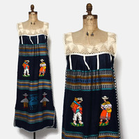Vintage 70s Guatemalan DRESS / 1970s Boho Embroidered Crochet Trim Sun Dress