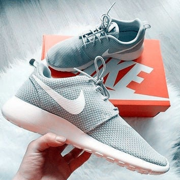 """NIKE""roshe  Trending Fashion Casual Sports Shoes Grey white hook"