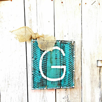 Rustic Door hanger, Rustic home decor, monogram door hanger, Initial sign, Personalized sign, reclaimed wood sign, pallet art