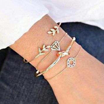 Newest Retro Leaf Knotted Hollow Diamond Lady Bracelet 4 Piece set