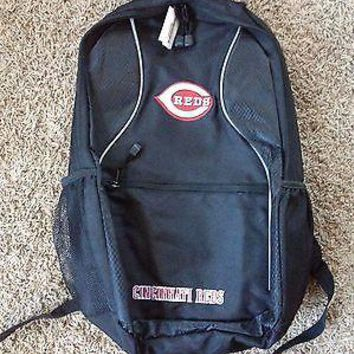 BRAND NEW CINCINNATI REDS BACKPACK GENUINE MERCHANDISE 3 ZIPPER COMPARTMENTS