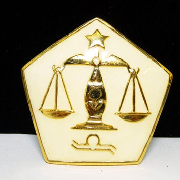 Libra Zodiac Brooch Pendant - Vintage Hattie Carnegie Signed Astrology Pin- Creamy White Enamel and Goldtone Balance Scales