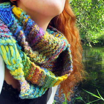Chunky scarf, colorful infinity scarf for women, winter fashion wool scarves