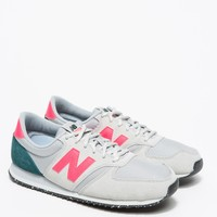 New Balance / 420 in Grey/Pink