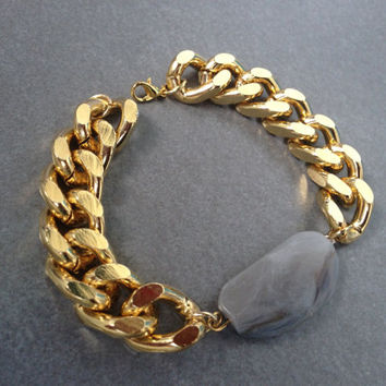 Chunky Gold Chain Bracelet with Bead Charm