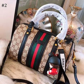 GUCCI 2018 new wild single shoulder diagonal package simple handbag Boston pillow bag #2