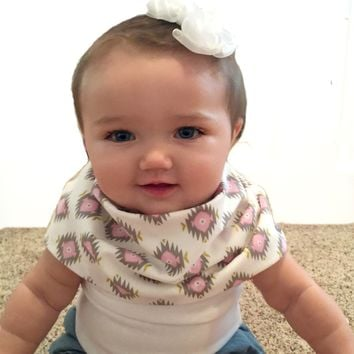 Tribal Scibbi Scarf Bib -