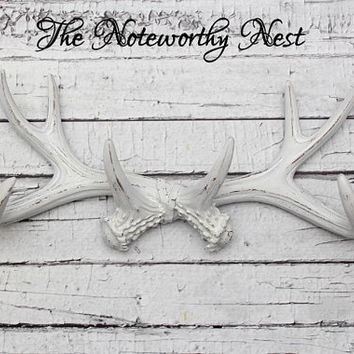 Antler Jewelry Hanger // Antler hook // necklace holder // Necklace hook // Antler decor // silver antler / bedroom decor // bathroom decor