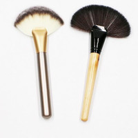 Sector Cosmetic Brush Make Up Powder Brush Womens Gift