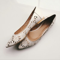 Dimensional carved elegant retro flat shoes sandals shoes pointed shoes foreign trade