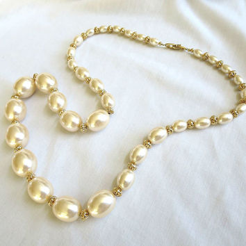 Vintage NAPIER Graduated Large Champagne Glass Faux Pearls Necklace