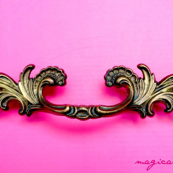 Salvaged Gold Pull, French Provincial Pull, Waterfall Style, Brass Furniture - Drawer Hardware in Antiqued Brass