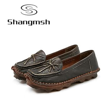 Shangmsh Real Leather Women Shoes Mother Loafers Soft Flats Female Driving Casual Footwear Solid Boat Shoe Genuine leather flats
