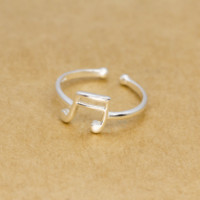 Lovely musical note 925 sterling silver ring, a perfect gift