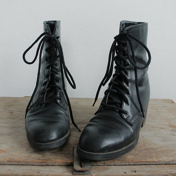 Vintage 80s Black Leather Tall Lace Up Boots with Heel   women's 5.5