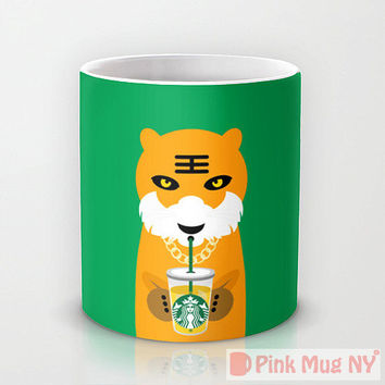 Personalized mug cup designed PinkMugNY - I love Starbucks - Tiger