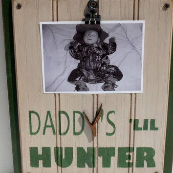 Daddys Lil Hunter Frame Fathers Day Wall Art Handpainted Handmade Hunting Primitive Wooden Distressed Sign