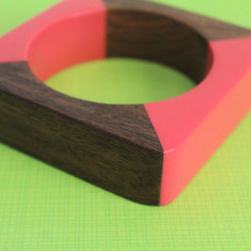 Midcentury Square Wood & Coral Lucite Bangle