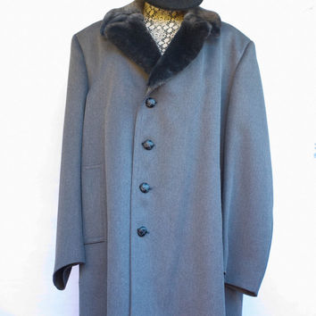 Vintage Men's London Fog Car Dress Pea Coat. Size 46 Reg