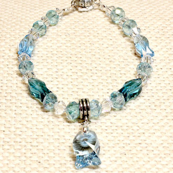 Light Blue Fish Crystal Cat or Dog Collar. Magnetic Quick Release Safety Clasp. Large Baby Blue Fish Pendant and Fish Beads with Clear Beads