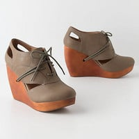 Exsect Lace-Up Wedges