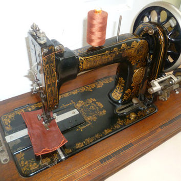 Antique Frister & Rossmann Manual Sewing Machine 1018023