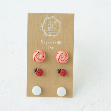 Coral Red White Ranunculus Ladybird Casual Stud Earrings Set Wholesale Small Hypoallergenic Handmade Studs Wedding Bridal Birthday Gift