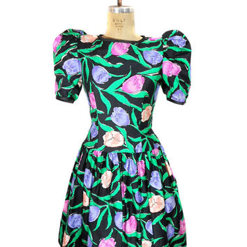1980s Victor Costa Floral Party Dress / Puff Sleeve Crinoline Skirt / Formal Prom / Spring / Cotton / Womens Vintage Dress / Size Small