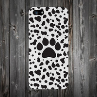 Puppy Dog Paw Print x White Wood Design Case for iPhone 6 6 Plus iPhone 5 5s 5c iPhone 4 4s Samsung Galaxy s6 s5 s4 & s3 and Note 4 3 2