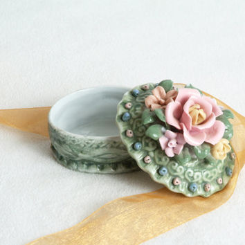 China Trinket box with Pink Roses, Jewelry Box, Porcelain