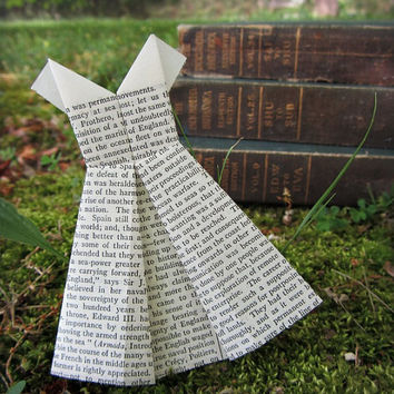 Mini Origami Dress - set of 10 - Vintage Encyclopedia Book Pages - 50s Style Paper Dress