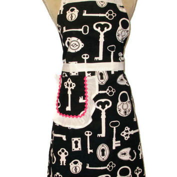 Key Adult Full Apron - White Trim Hot Pink Accents