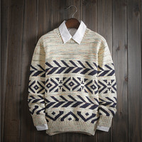 Men's Comfortable Geometric Ethnic Sweater