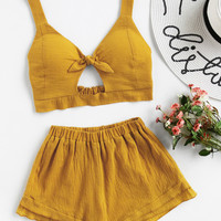 Knotted Keyhole Front Textured Crop Top With Shorts