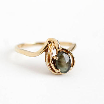 Vintage 10k Rosy Yellow Gold Genuine Black Star Sapphire Ring - Retro 1970s Size 7 Oval .72 CT Dark Green Gray Gem Cabochon Fine Jewelry