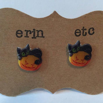 Handmade Plastic Fandom Earrings - Halloween Black Cats