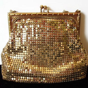 WHITING & DAVIS Vintage 1950s Gold Mesh Evening Hand Bag Clutch Art Deco Design Brass Hardware