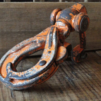 Vintage Industrial Chic Urban Rustic Chippy Metal Hook Home Decor
