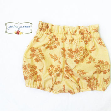 Baby Bloomers, Baby Shorts, Baby Girl Clothes, Unique Baby Clothes, Girl Shorts, Infant Clothing, Boutique Baby Clothes, Size 3-6 Months