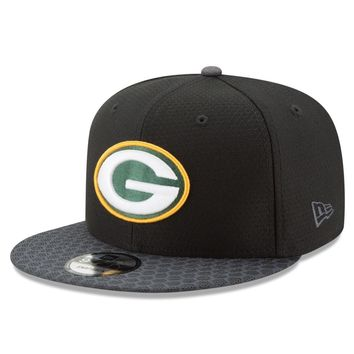 Green Bay Packers New Era NFL 2017 Black On Field 9Fifty Snapback Cap Hat