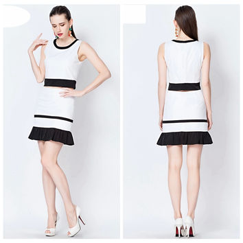 Black and White Sleeveless Cropped Top and Fishtail Skirt
