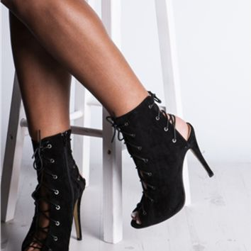 Shana Black Lace Up Heeled Boots at Misspap.co.uk