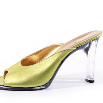 80s Vintage Green Metallic Leather Sandals Clear Plastic High Heel Slip On Shoes Retro Pin Up Club Pumps Womens Size US 8 UK 6 EUR 38/39