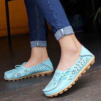 2016 Women Flats Solid Cut-outs Comfortable Women Casual Shoes Round Toe Moccasins Loafers Wild Breathable Driving Shoes ST431