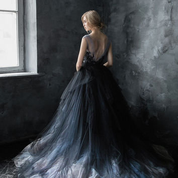 Volumetric black tulle gown, embroidered lace top, multicolored skirt // Calypso Nightfall
