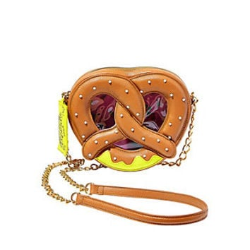 KITSCH PRETZEL CROSSBODY: Betsey Johnson