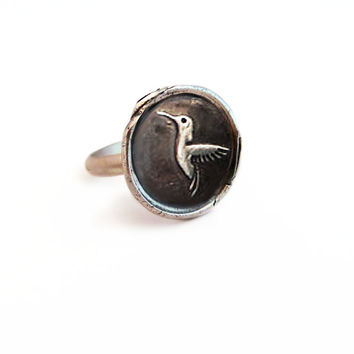 Enjoy Life - Hummingbird Wax Seal Charm Ring