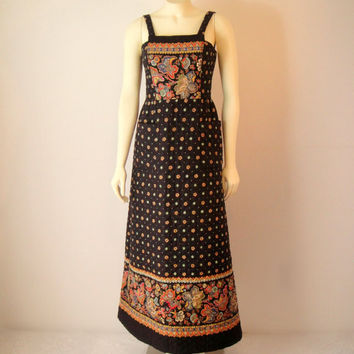 Vintage. 60's. Navy Maxi Dress. Colorful Bohemian Dress. Free People Style. Sleeveless. Quilted. Paisley. Pockets. Festival Hippie. Small XS
